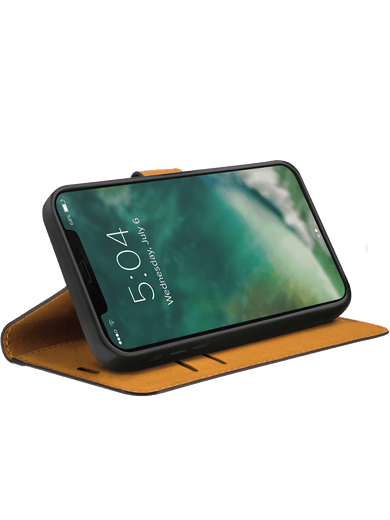 XQISIT Slim Wallet Selection iPhone 12/12 Pro (schwarz)